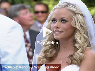 Los Angeles wedding of Kendra Wilkinson and Hank Baskett officiated by wedding officiant, Officiant Guy for the reality TV show Kendra