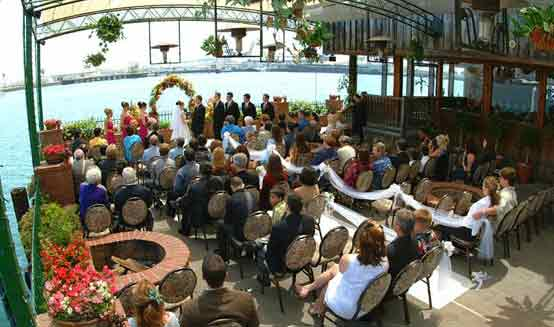 outdoor wedding officiant for ports of call